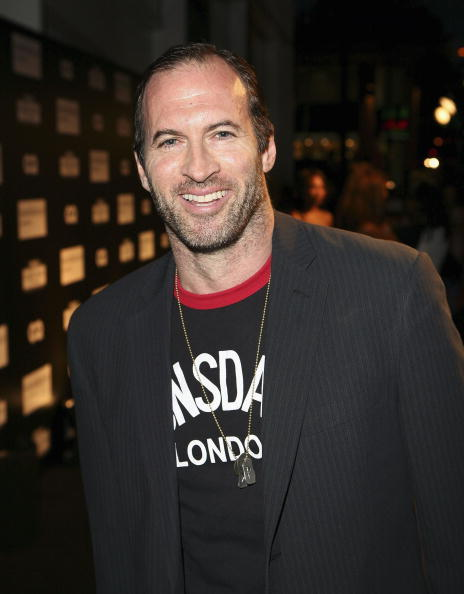 Scott Patterson - IT ONLY SEEMED RIGHT TO HAVE SCOTT PATTERSON JOIN US IN UNIONVILLE. IT IS THE ICONIC LOCATION WHERE WE FIRST MET LUKE DANES & ITS THE PLACE WHERE LORELAI GOT HER FIRST CUP OF COFFEE. YES, RIGHT ON MAIN STREET UNIONVILLE!