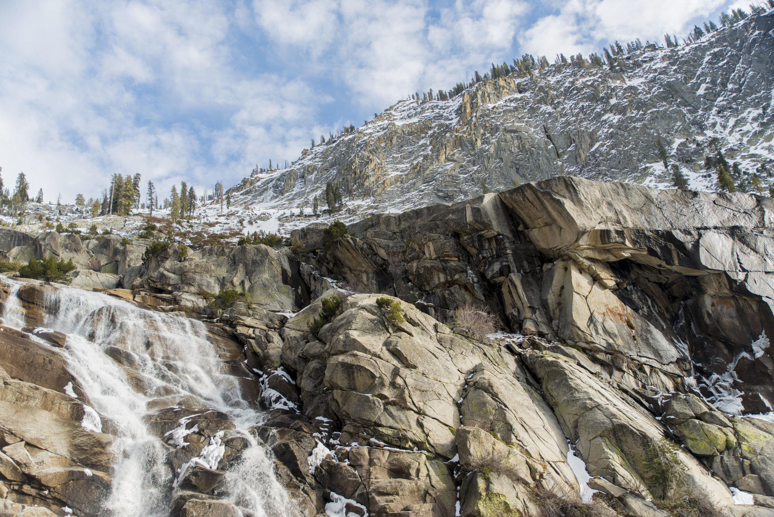 Tokopah Falls Trail / California
