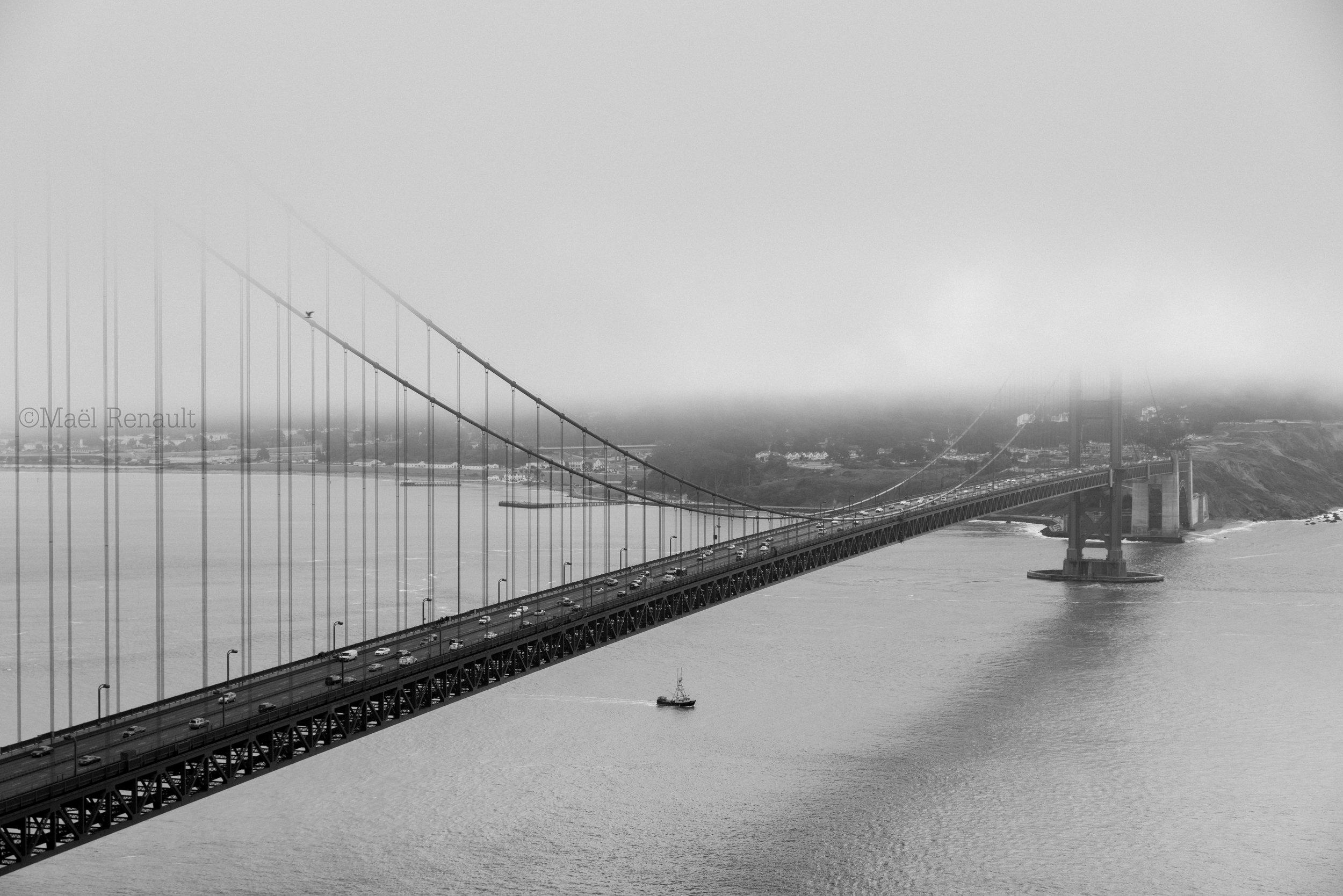 Golden gate Bridge / California