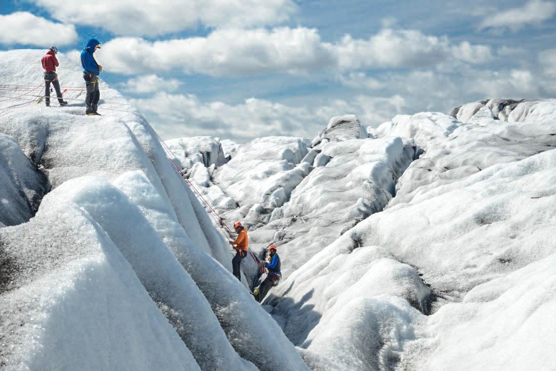 Ice Climbing Iceland / Travel
