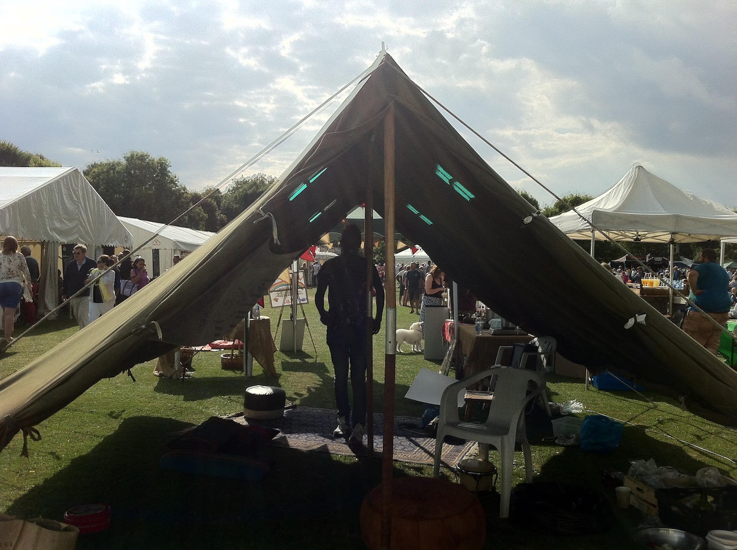 2016-the-welcome-tent-hythe-food-festival.jpg