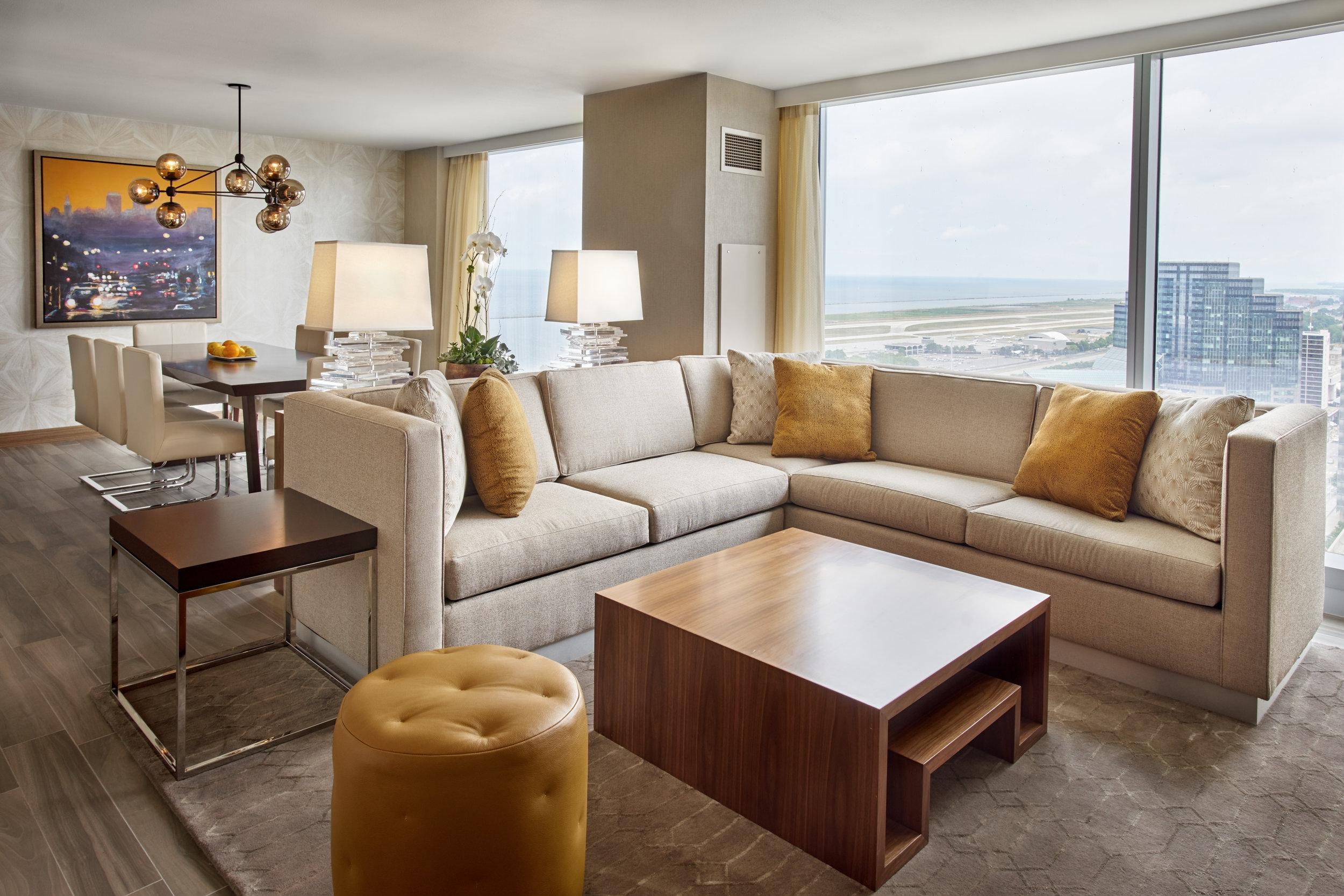 Hilton Cleveland Downtown Suite