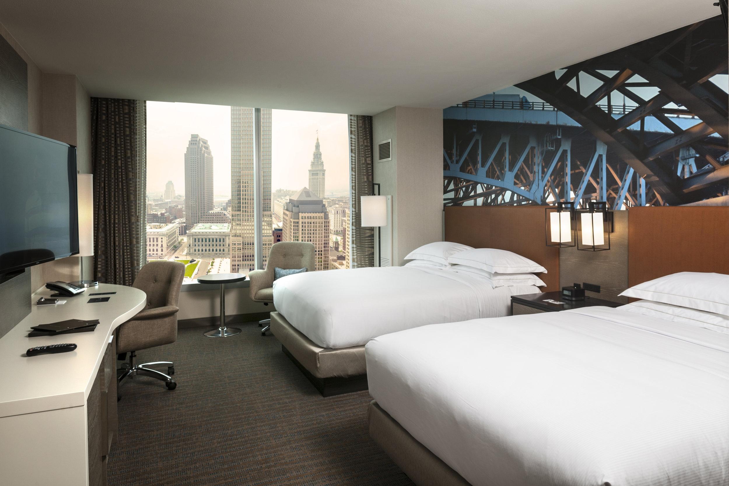 Hilton Cleveland Downtown Guestroom