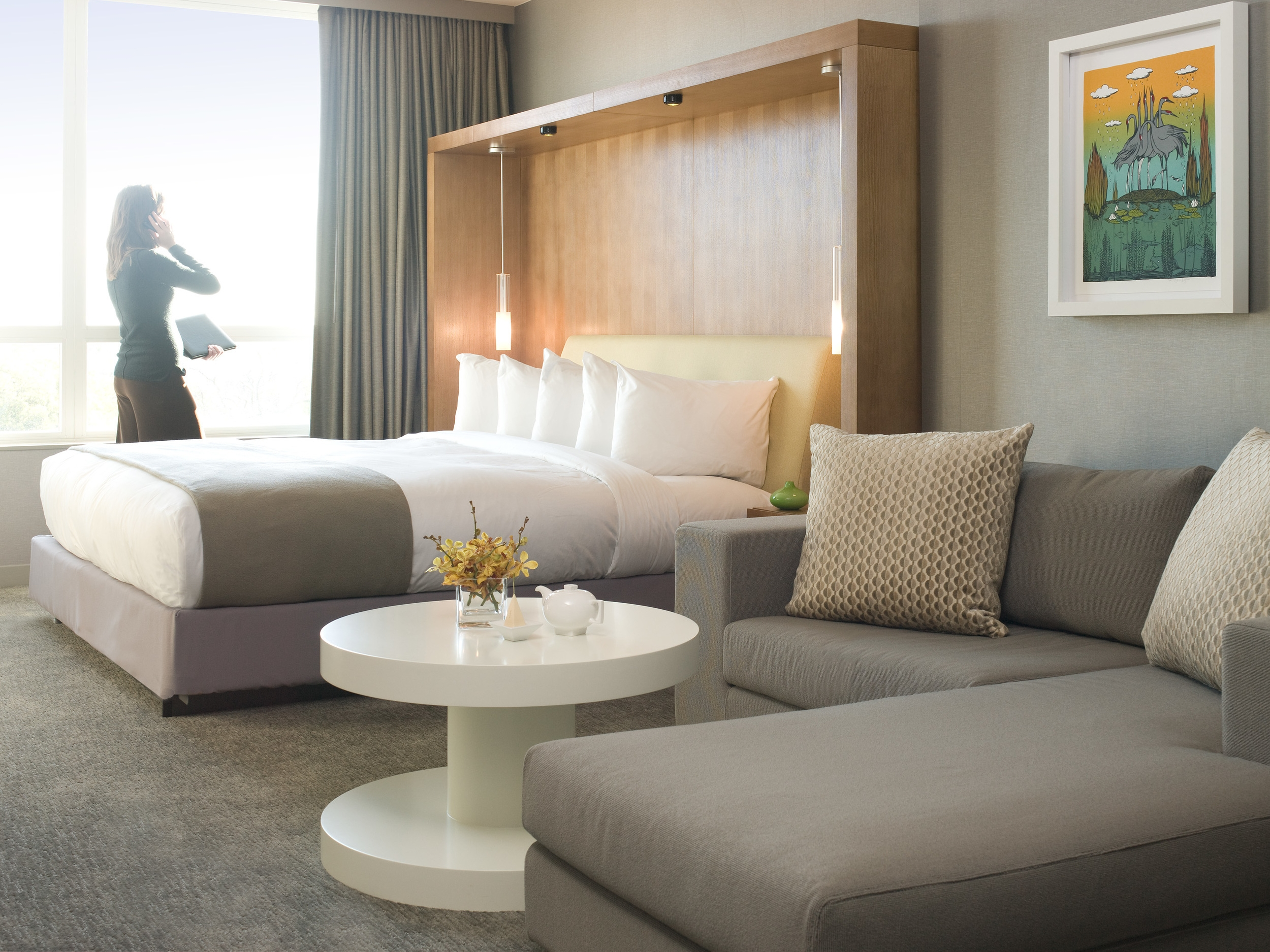 Intercontinental Chicago O'Hare Guestroom