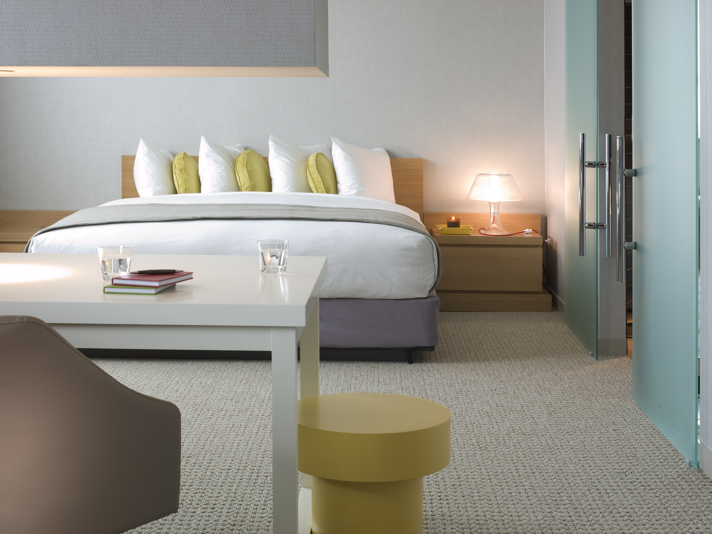 Intercontinental Chicago O'Hare Suite Bedroom