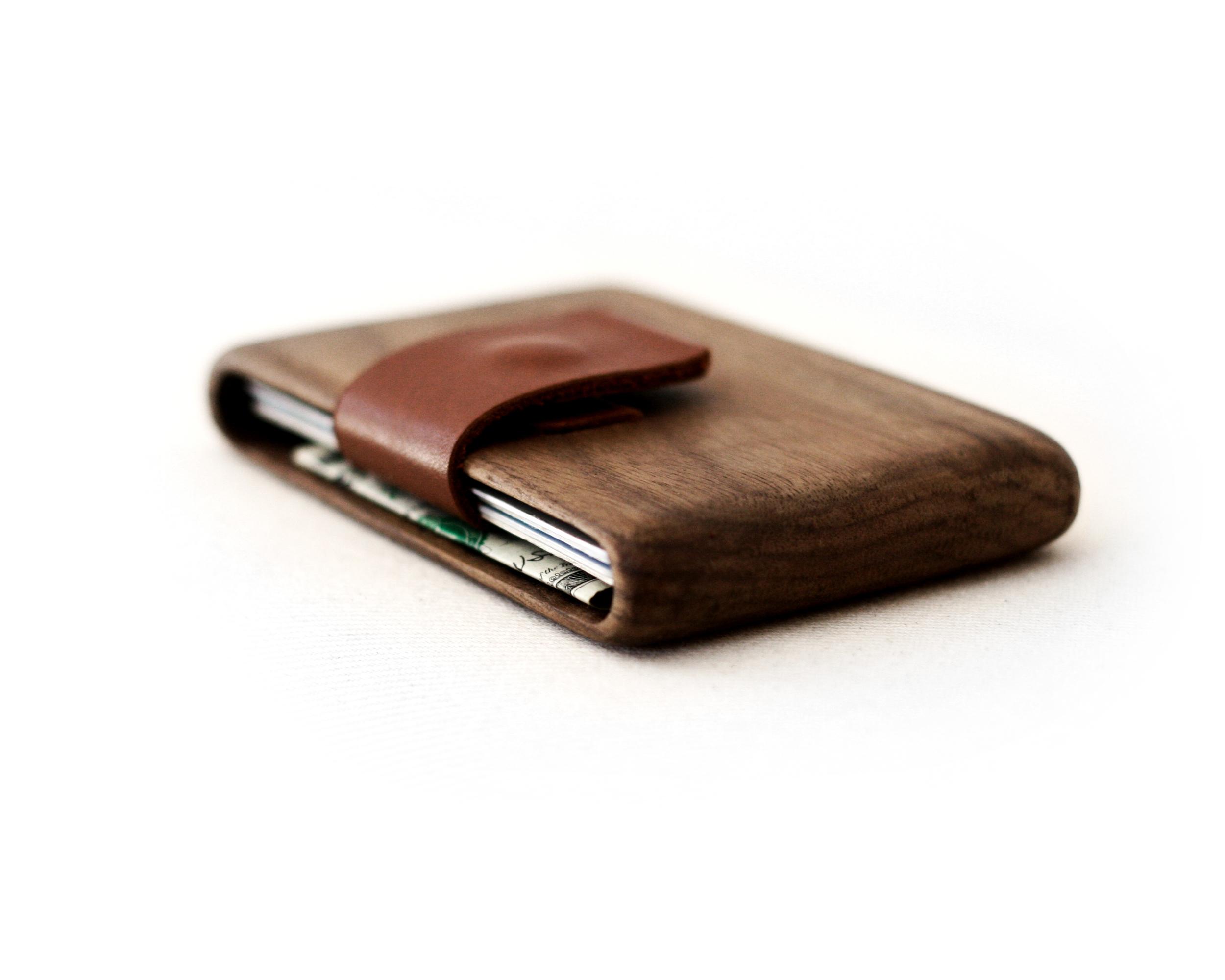 walnut_wallet_w_1.jpg