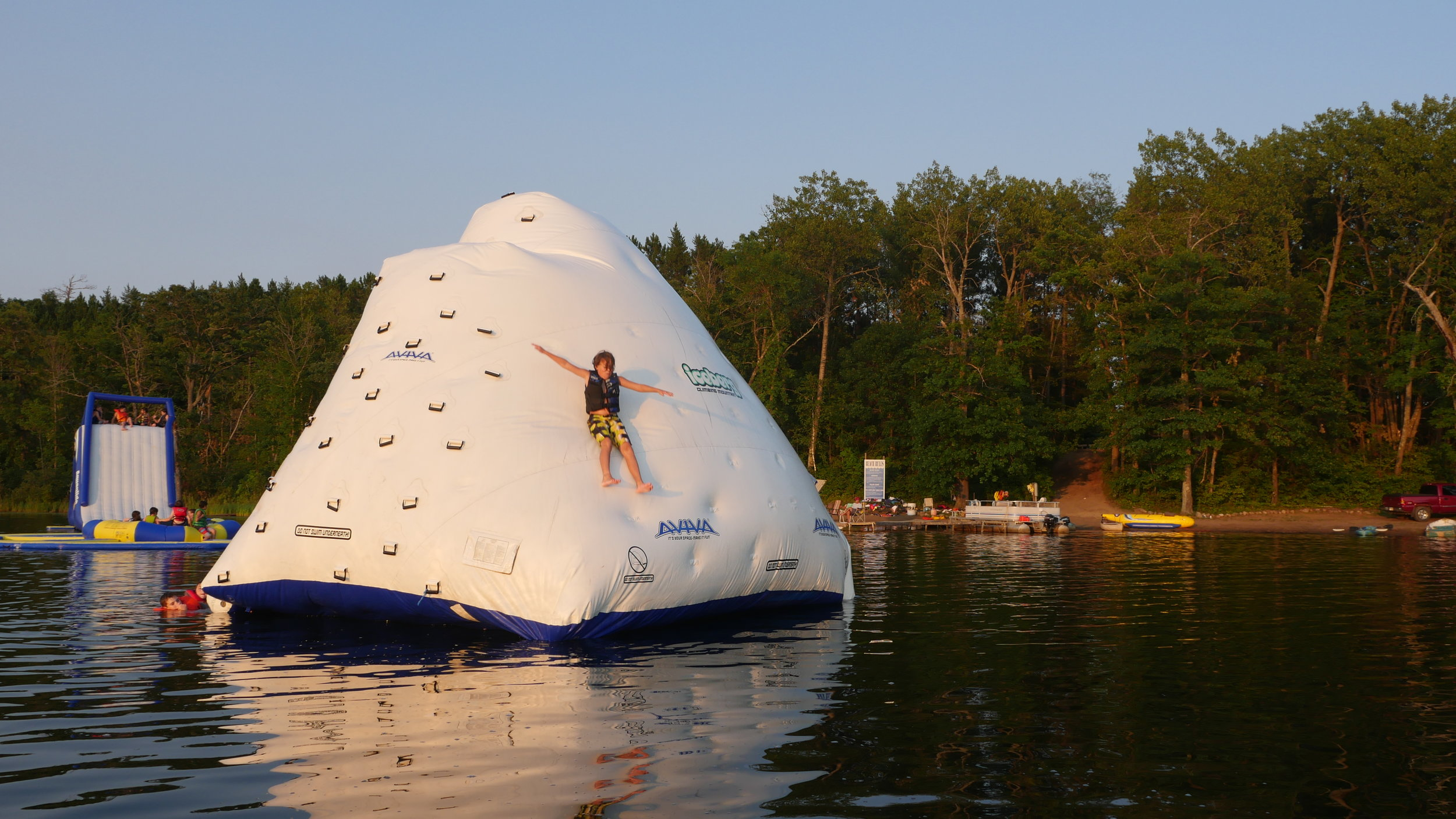 Ice-Berg-Lake-Raft.JPG