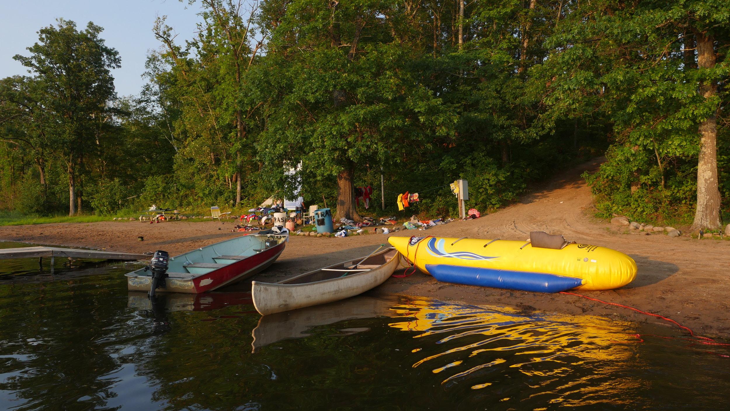 Minnesota-Lake-and-Boats.JPG