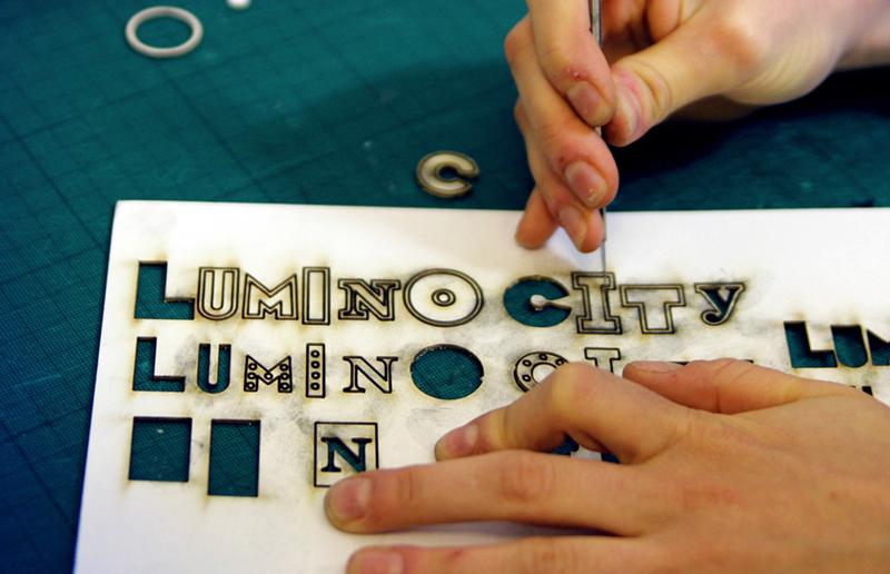 9bCutLuminoCity_A6_small.jpg