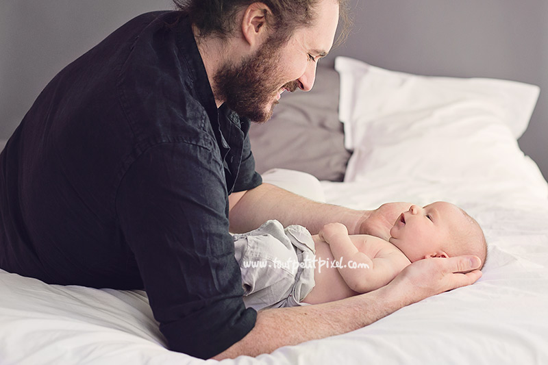 Papa-et-bebe-qui-sourient.jpg