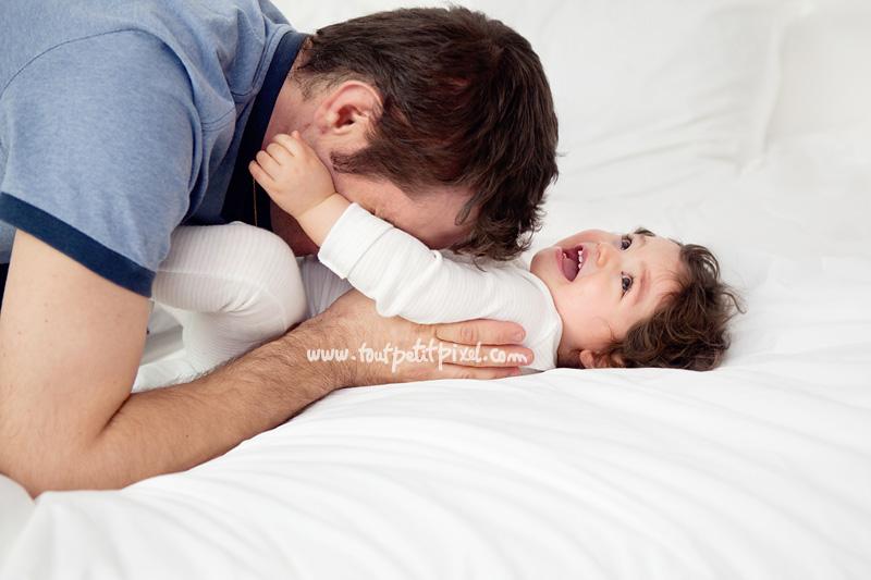 papa-bebe-chatouilles.jpg
