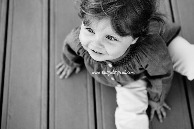 portrait-petite-fille-noir-et-blanc.jpg