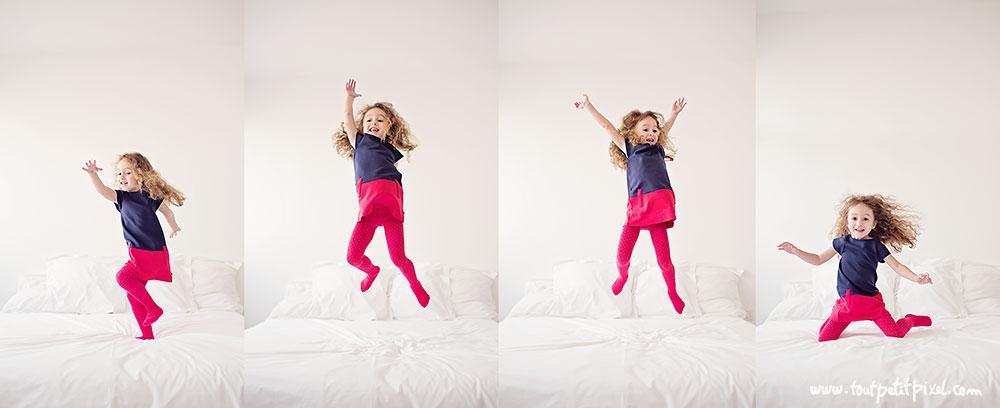 Enfant-qui-saute-sur-le-lit.jpg