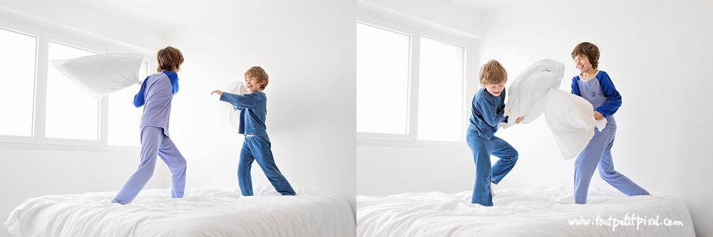 photo-enfant-bataille-oreillers.jpg