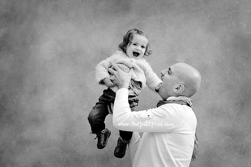 photo-papa-bebe-rire.jpg