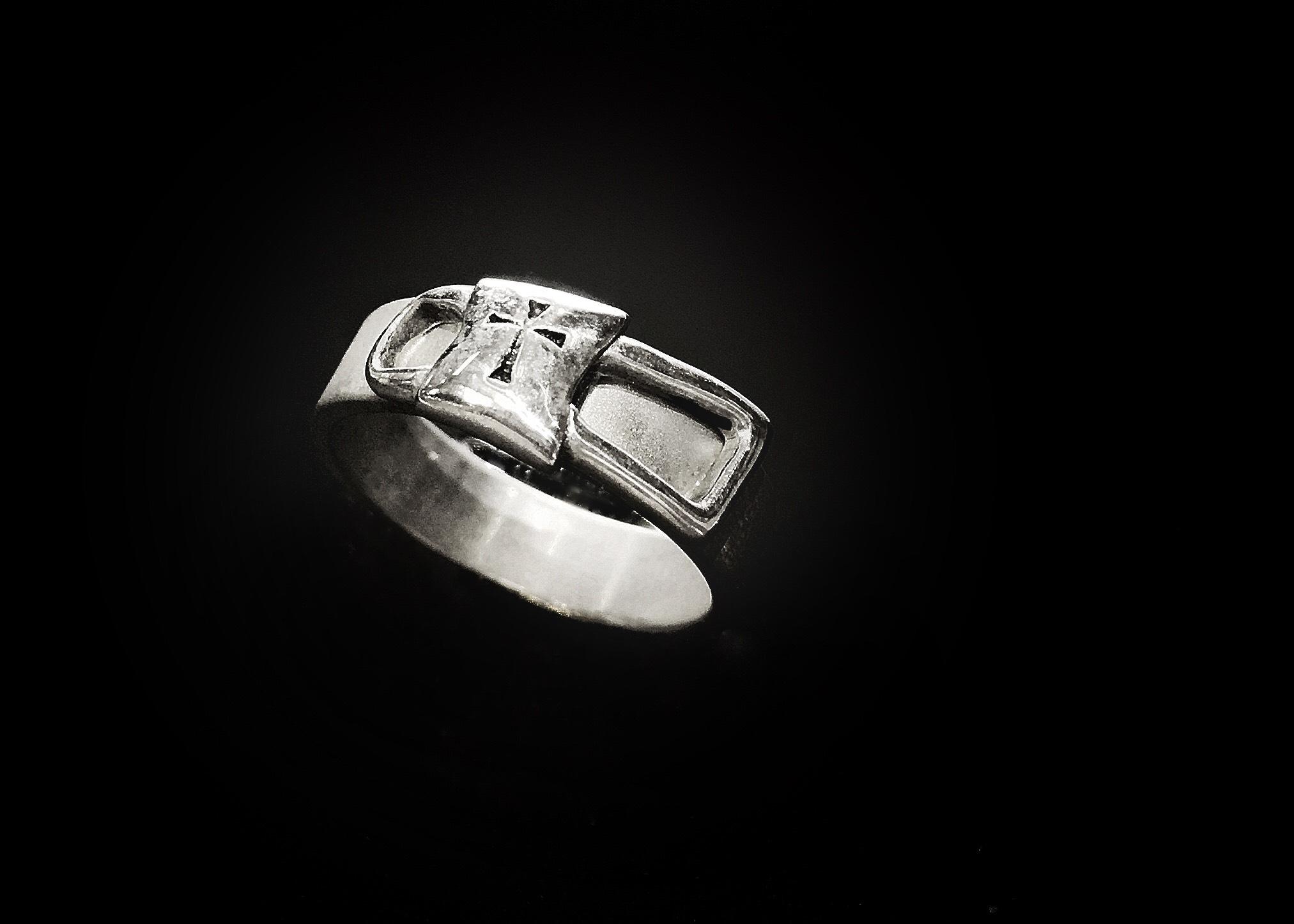 Cross Link Ring