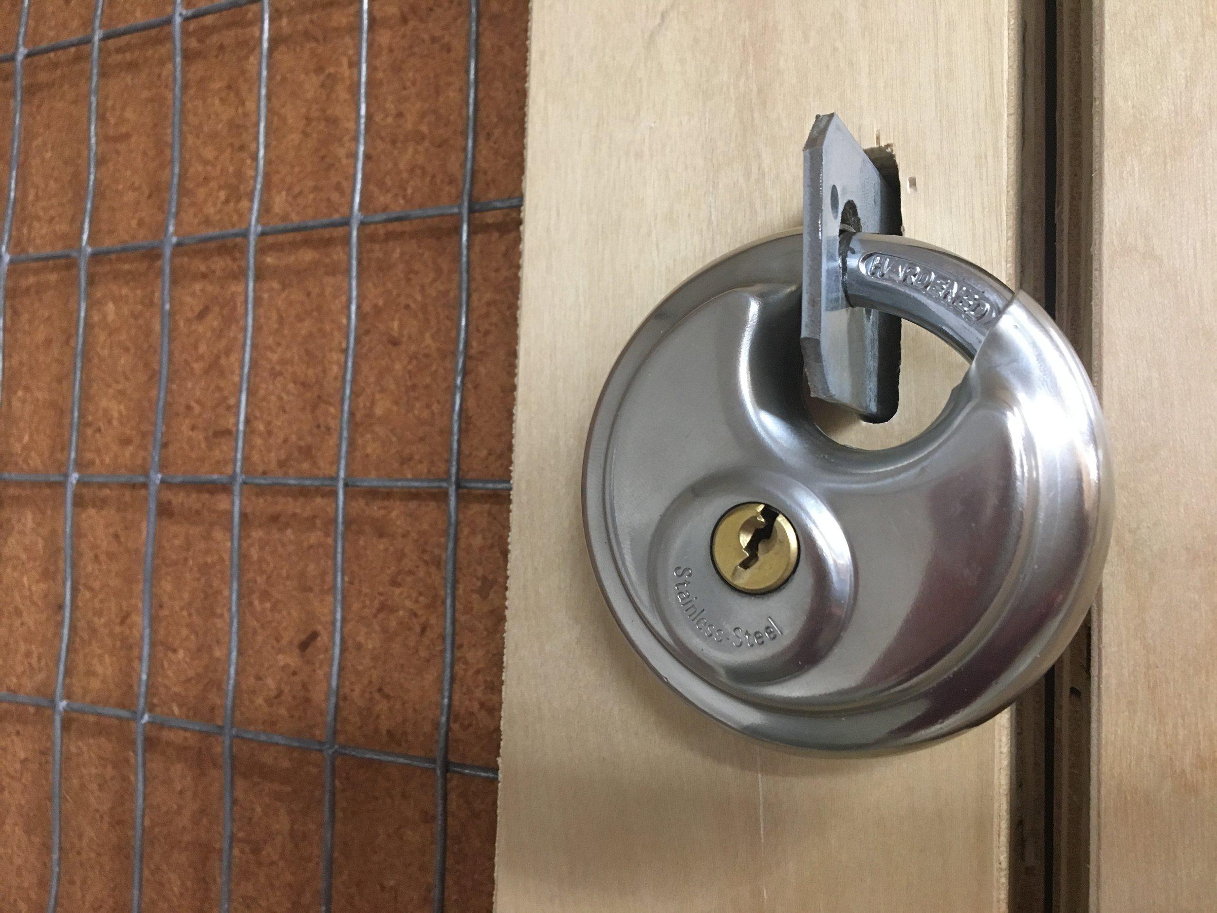 big_lock.JPG