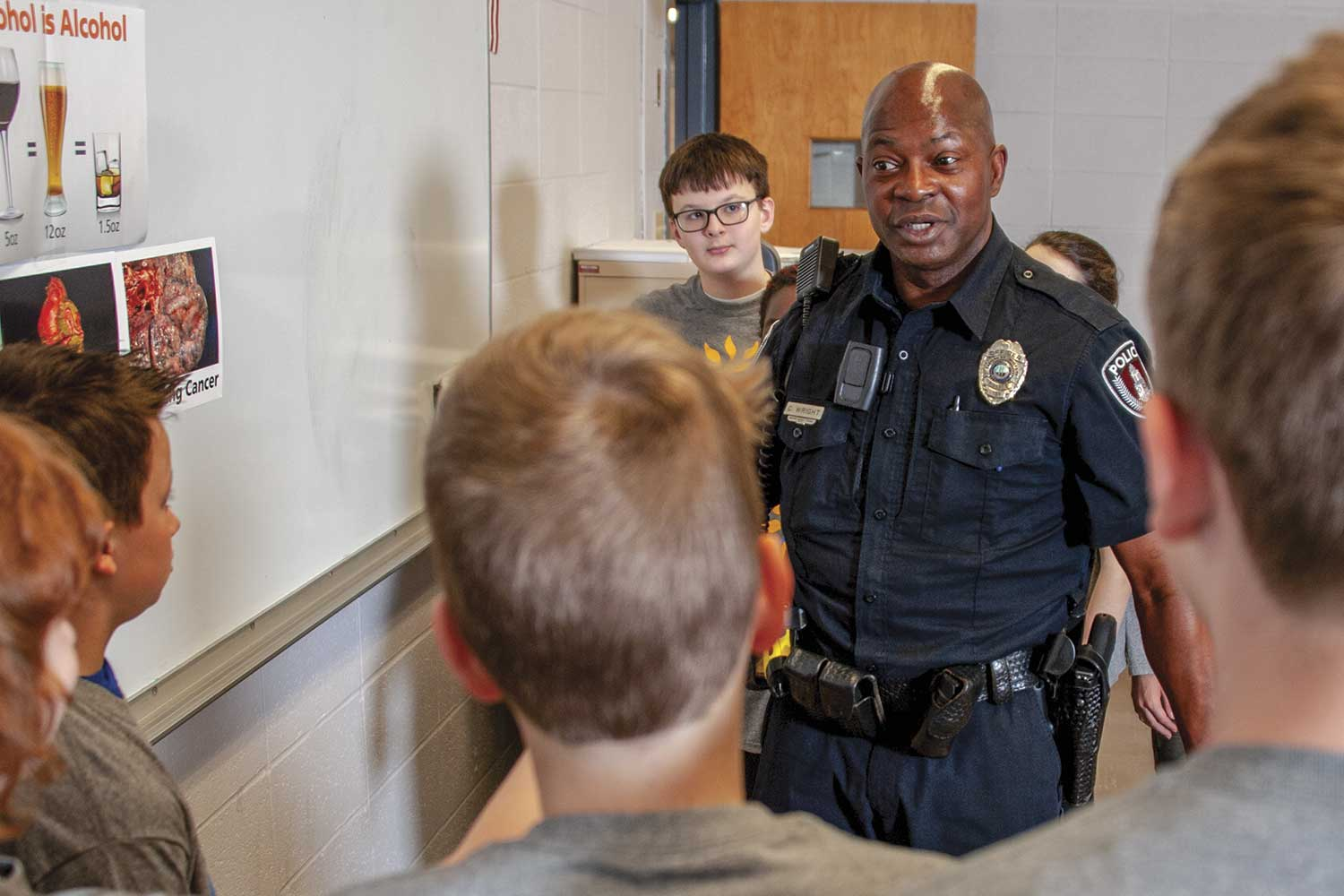 EKUPD Officer Chet Wright serves as a school resource officer for EKU's Model Laboratory School. Wright was recently honored by the University of Kentucky College of Education's Teachers Who Made a Difference program. (Photo by Jim Robertson)