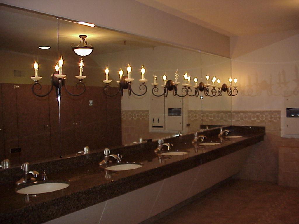 Oclub W Restroom 2.JPG