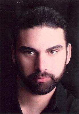 Luvi Avendano, singer