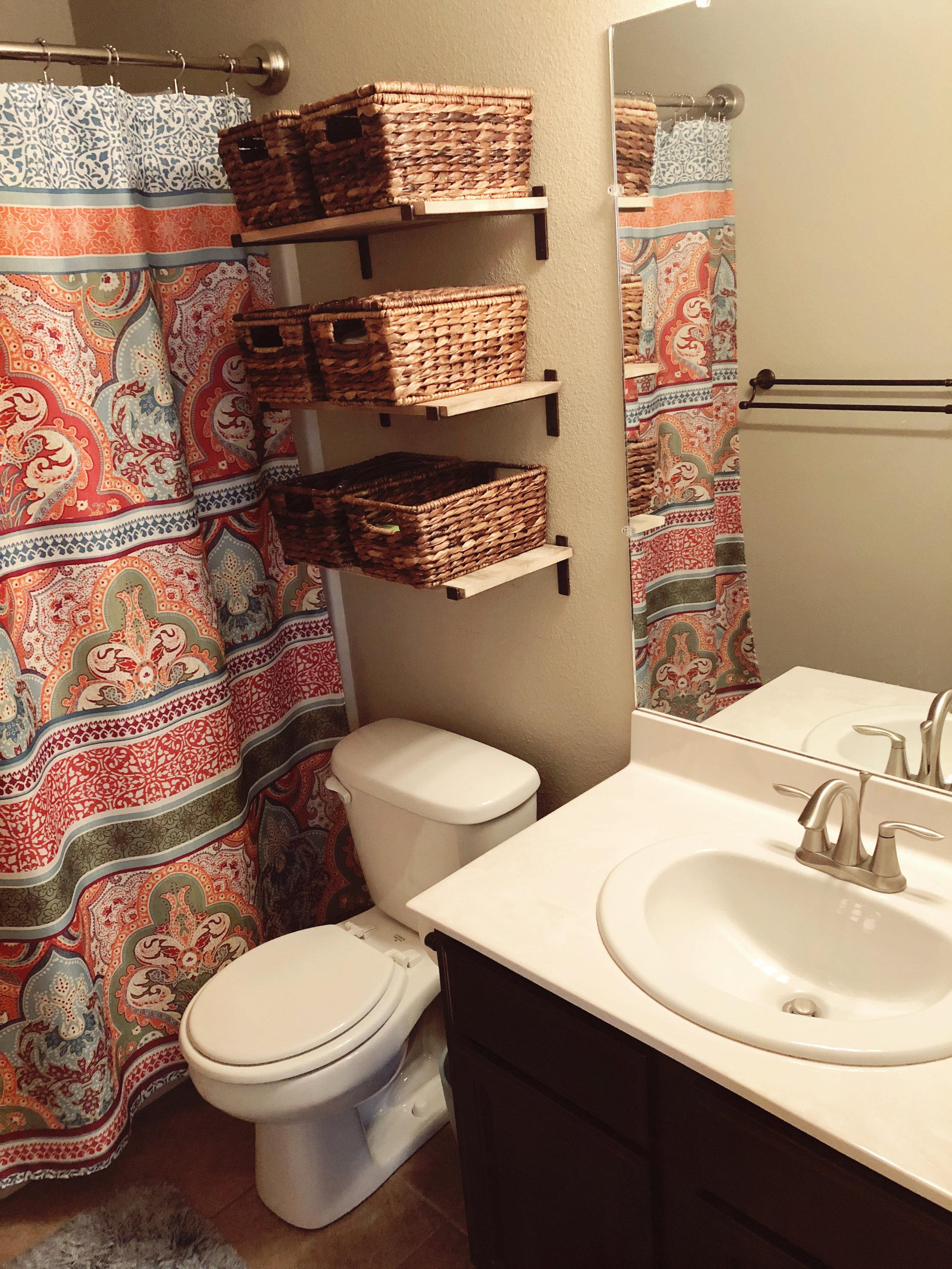 CornwallAve_Bathroom4.jpg