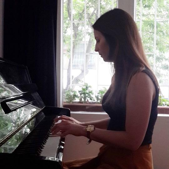 4 ay gibi kısa bir sürede Ev Konserine çıkmayı başaran Ceren Mimir (27)
