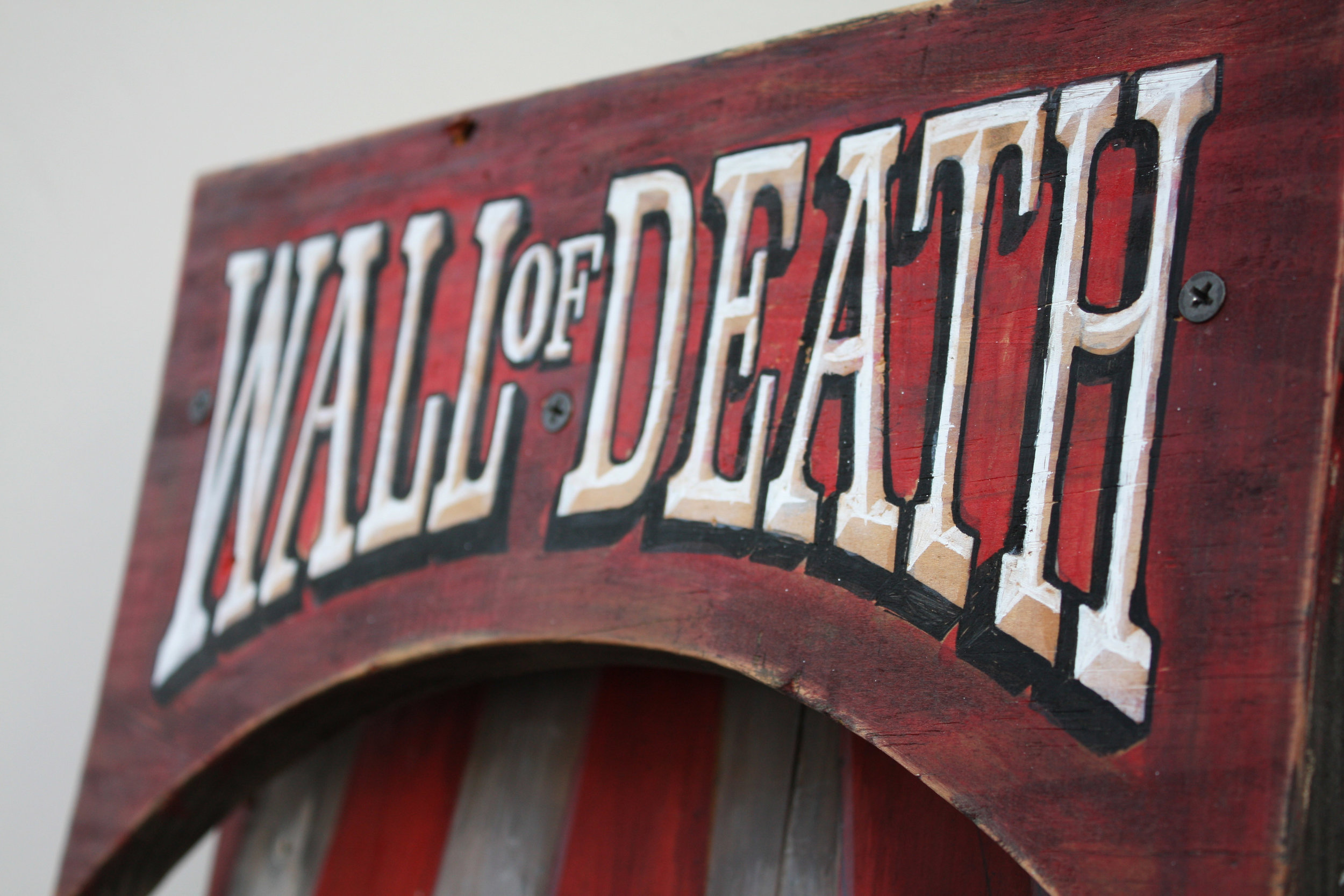 wall-of-death-rauto-detail1.jpg