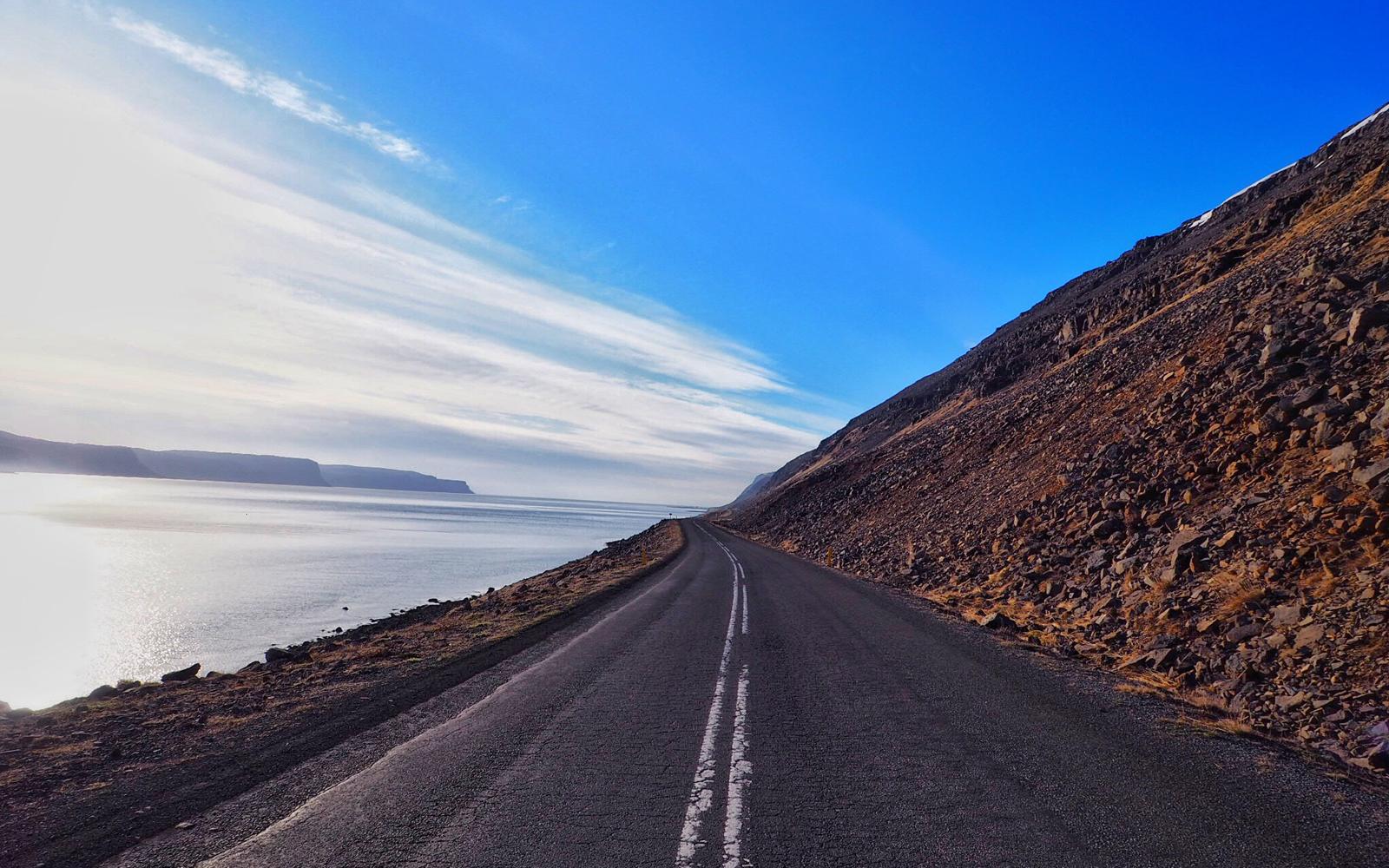 2016-iceland-latrabjarg-cliffs-03.jpg