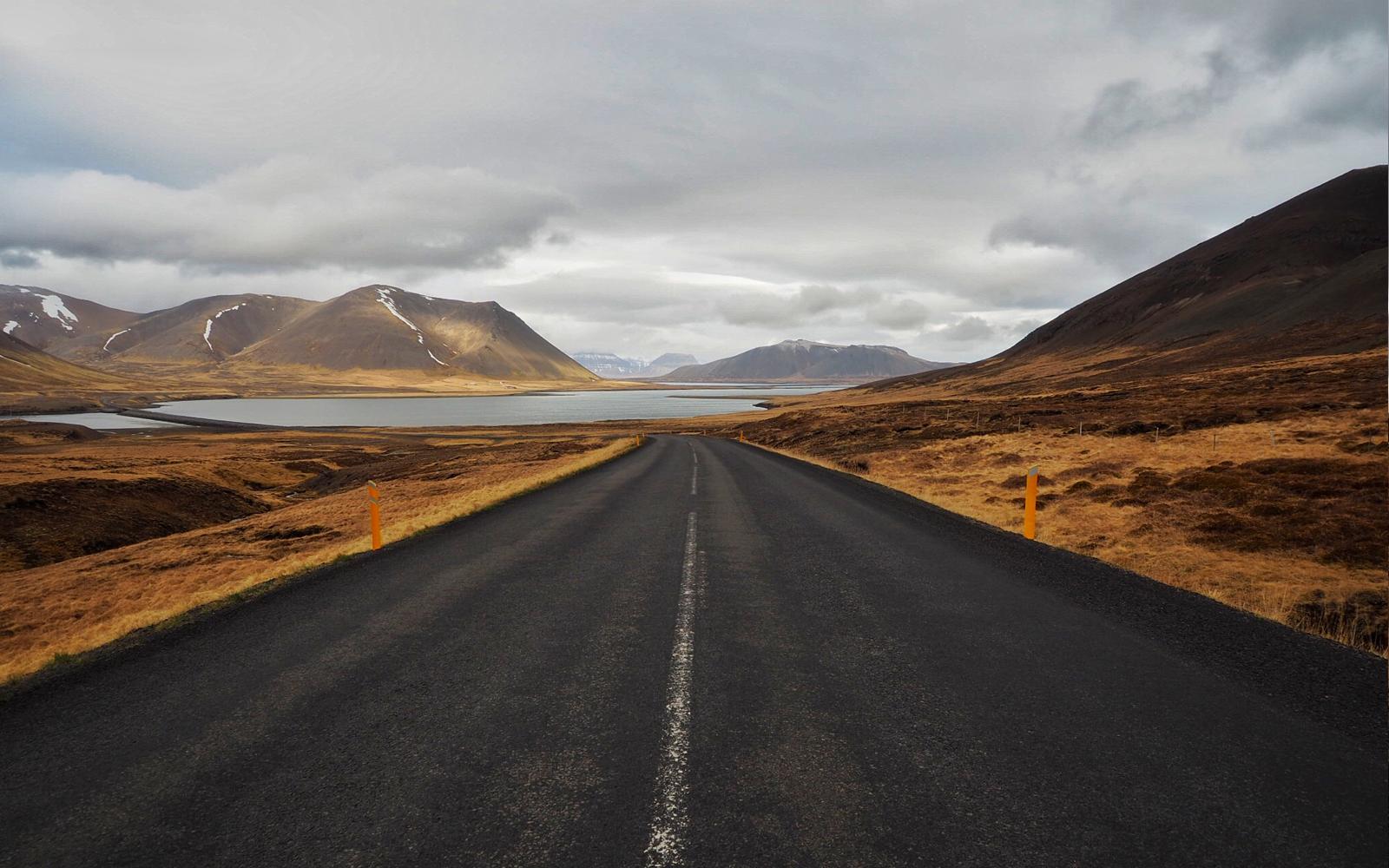 2016-iceland-road-03.jpg