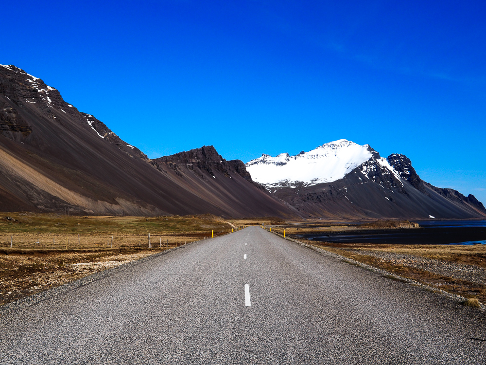 2016-iceland-the-road05.jpg