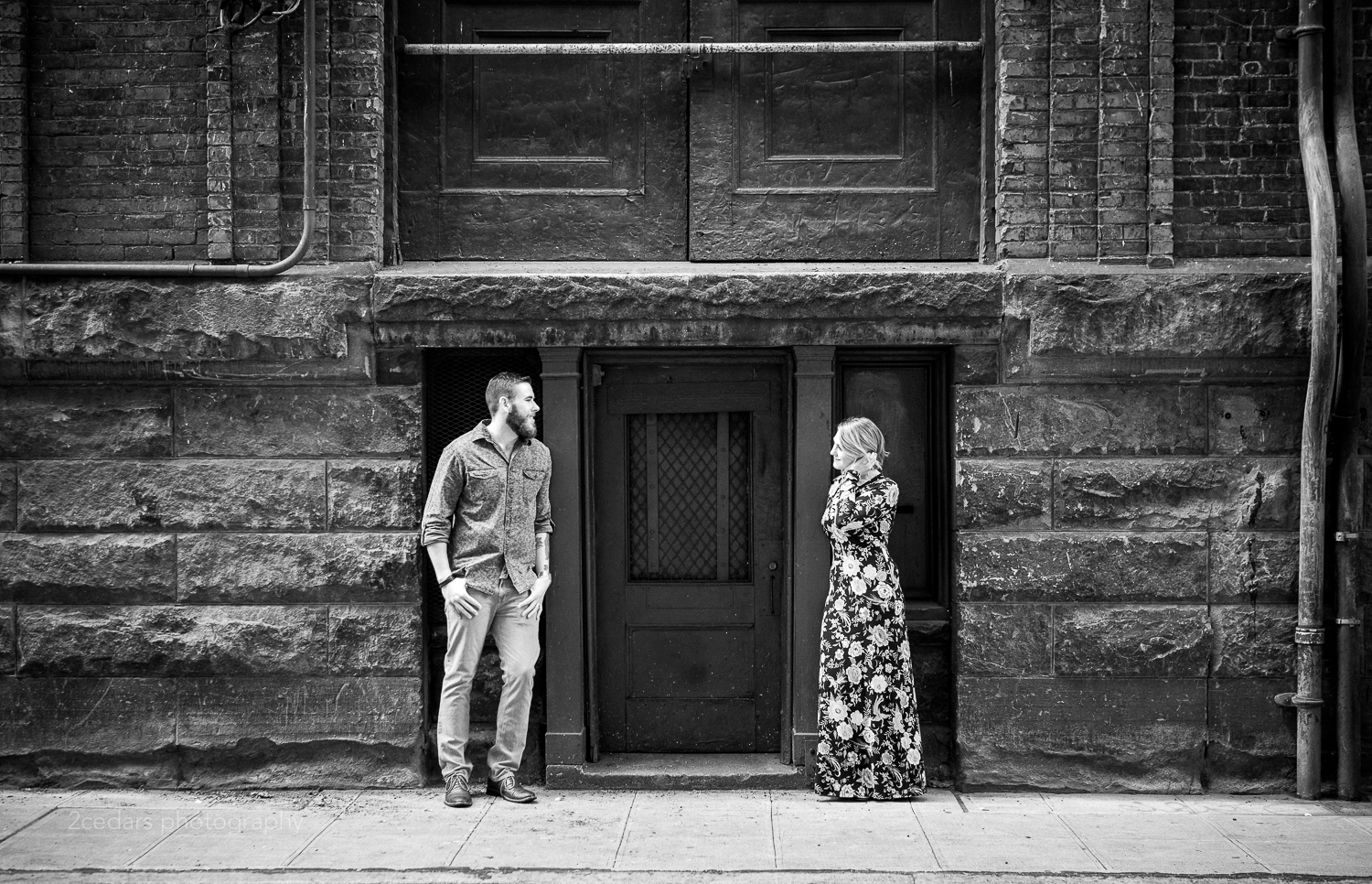 Seattle-Pioneer-Square-Engagement-Photos