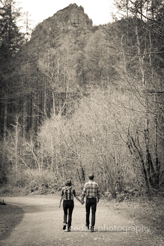 Rattlesnake Ridge Trail Couple Engagement