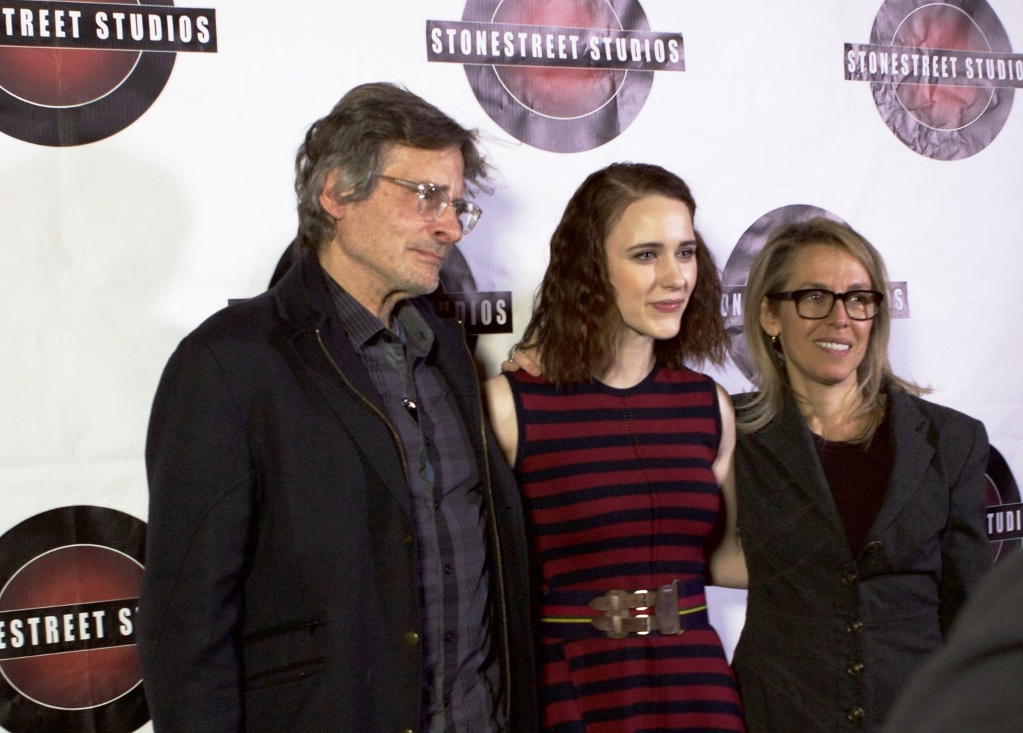 Pictured: Gary O. Bennett, Rachel Brosnahan, and Alyssa Rallo Bennett on the red carpet of the 2017 Granite Award Ceremony.
