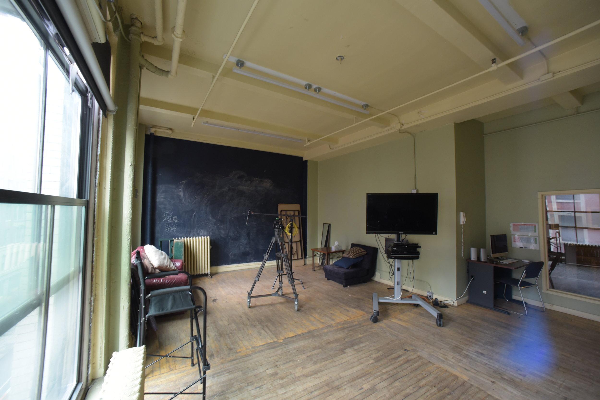 Studio 5-B.
