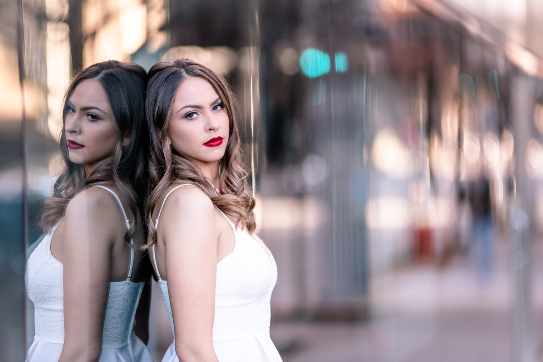 senior-portrait-photography-photographer-emond-okc-oklahomacity-downtown-beautiful-reflection-chadandbriephotography.jpg