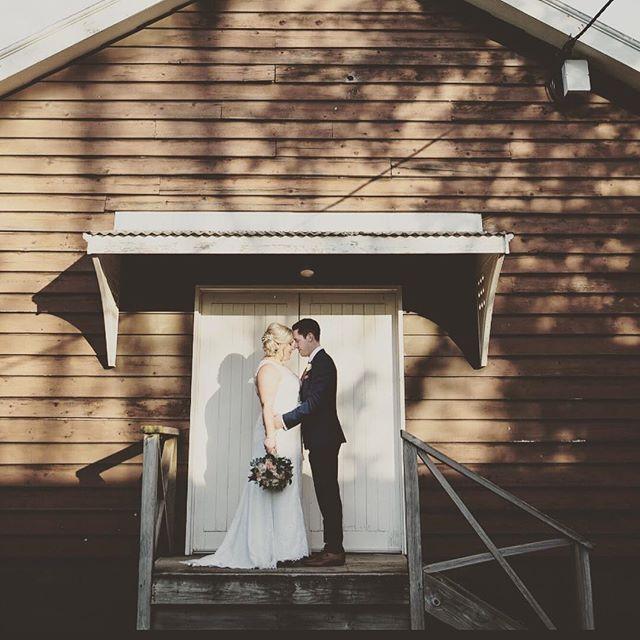 Happy 1st Anniversary Rose & Jullian 🎉🥂💍 #oneyearon #mrandmrs #taswedding #tamarvalley #vineyardwedding #strathlynn