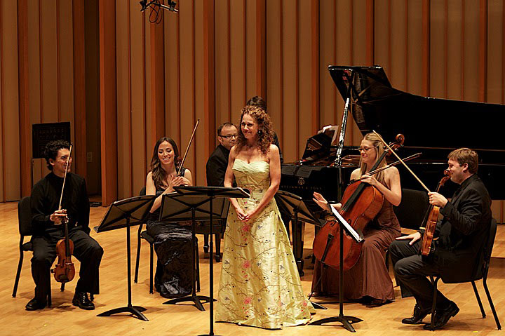 09Soprano-Elizabeth-Futral-opens-the-concert-with-Chausson's-_Chanson-Perpetuelle_.jpg