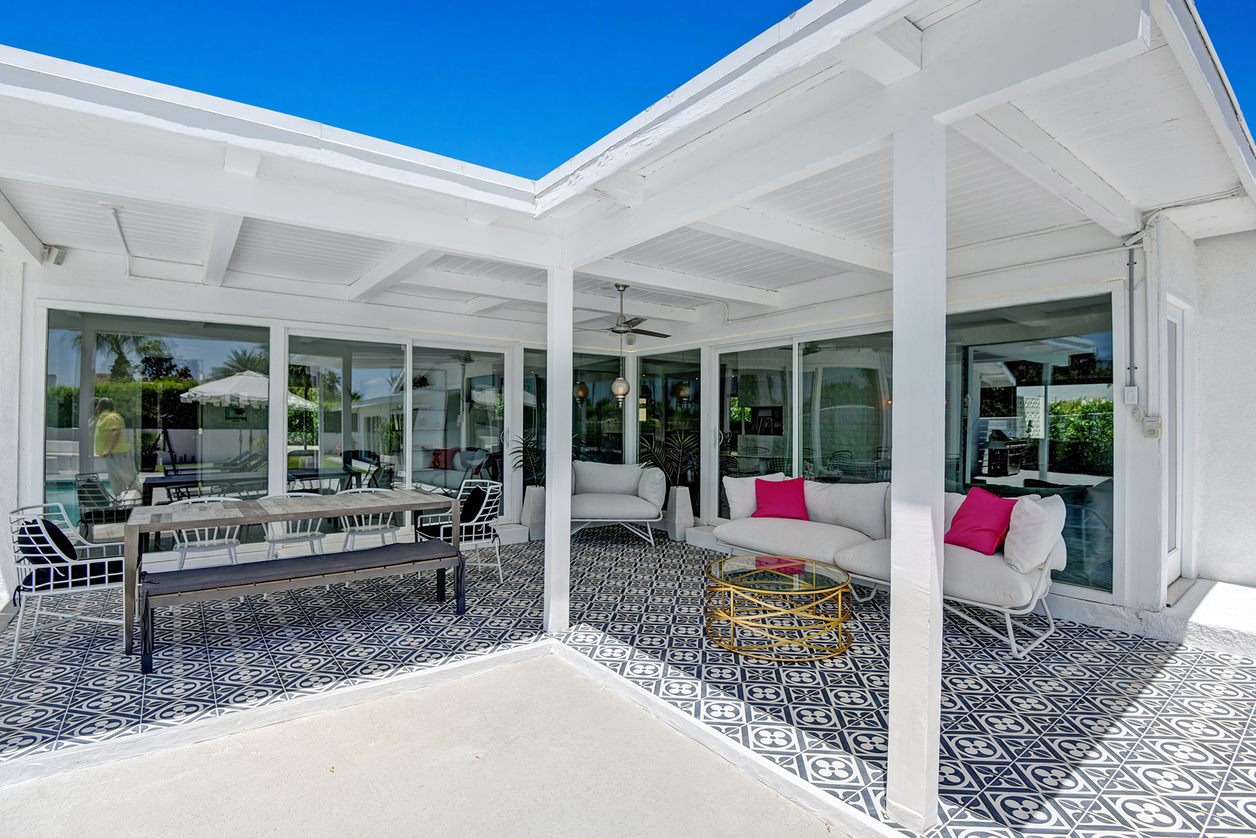BACK COVERED PATIO RS.jpg