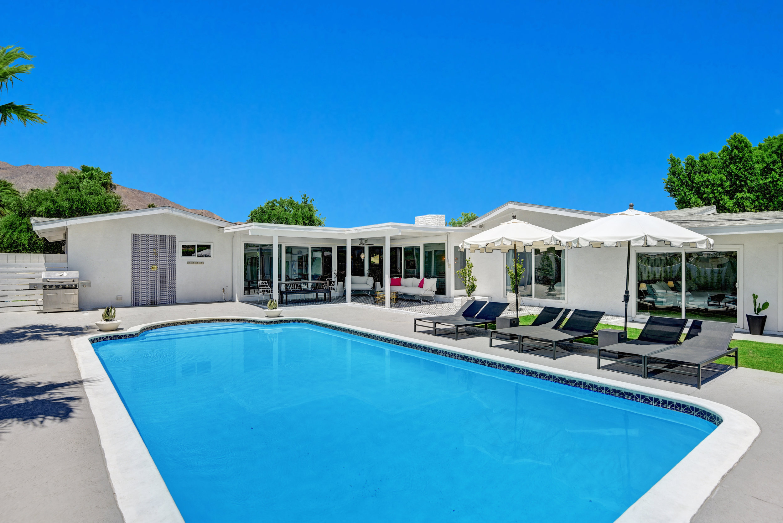 POOL TO HOUSE LOW AND TIGHT.jpg