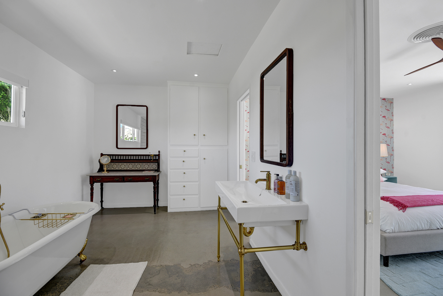 MASTER BATHROOM TO BEDROOM RS.jpg