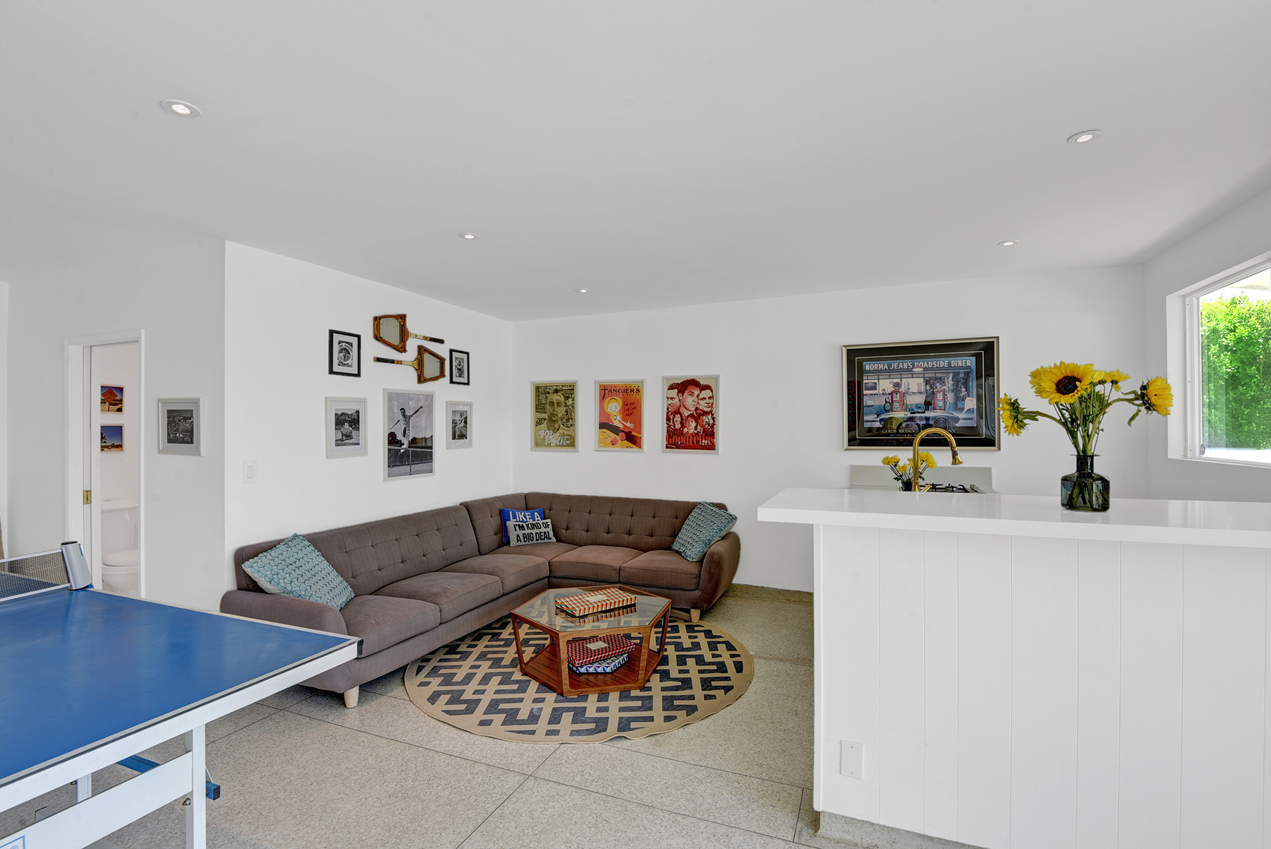 CASITA LIVING ROOM AND WET BAR RS.jpg