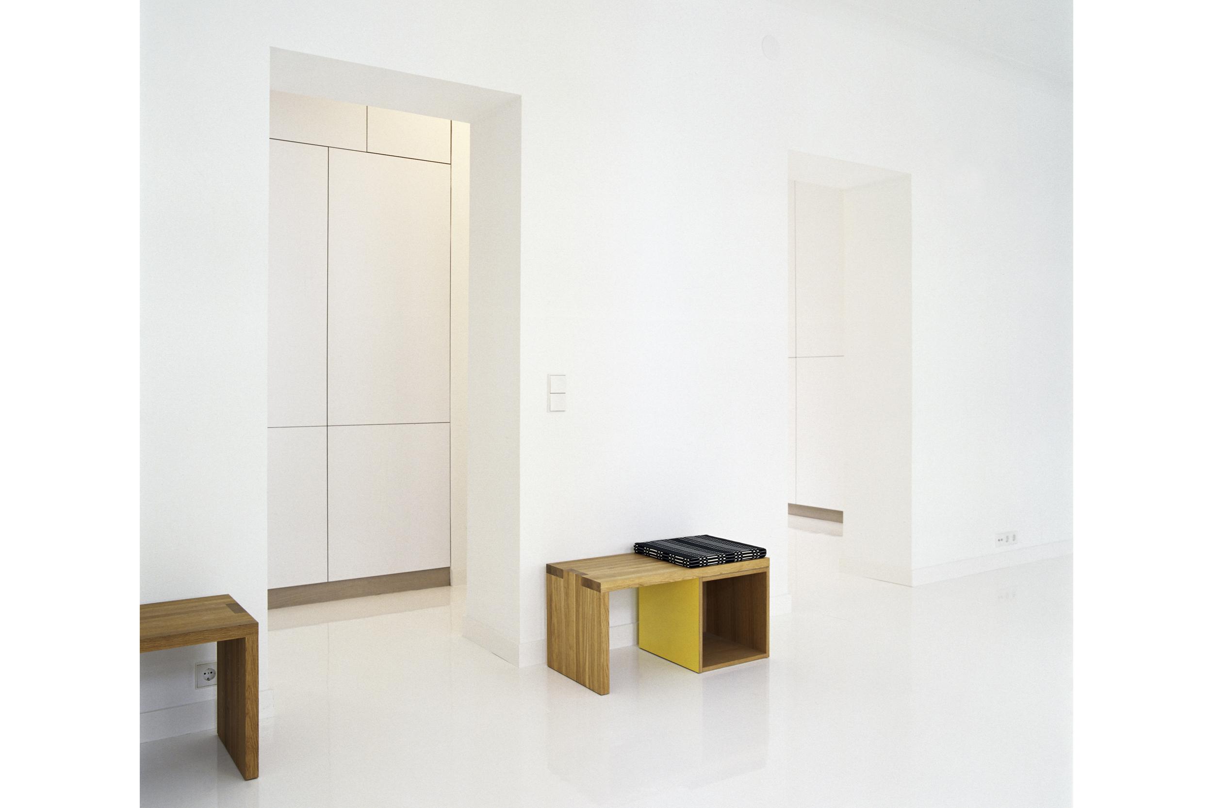 White interiors by Habitek