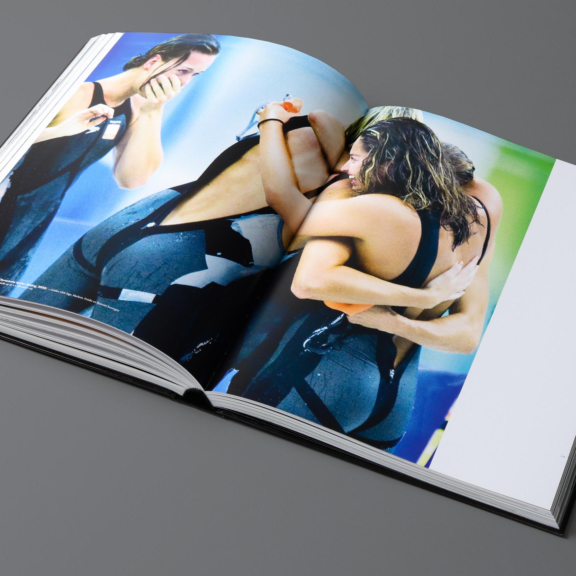 mendo-books-Sportret-studio-01-11-van-18-2000x2000-c-default.jpg
