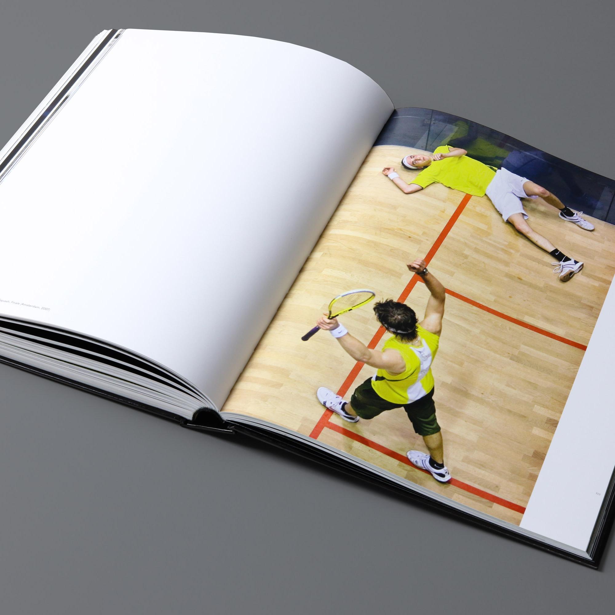 mendo-books-Sportret-studio-01-16-van-18-2000x2000-c-default.jpg