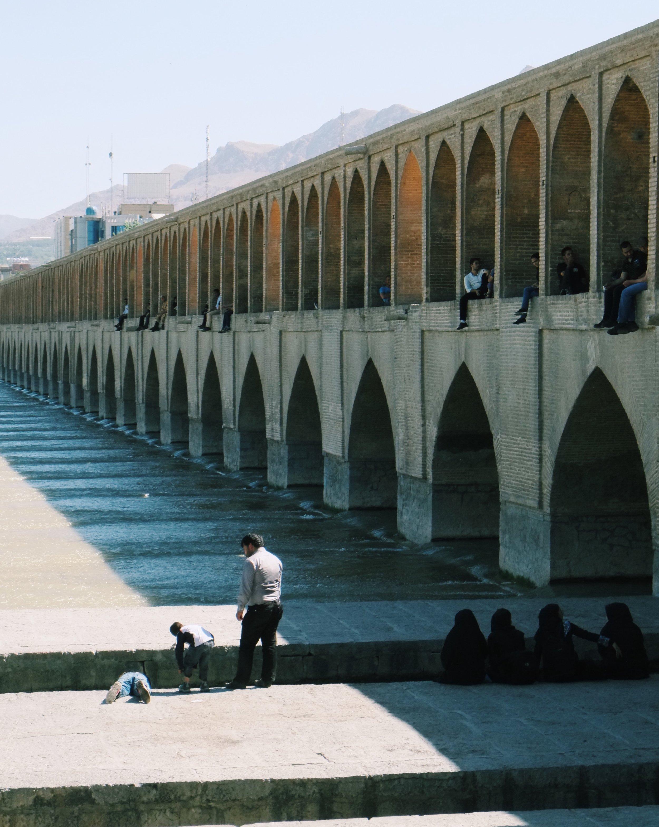 Si-o-se-pol Bridge in Esfahan in Iran by Joost Bastmeijer.jpeg