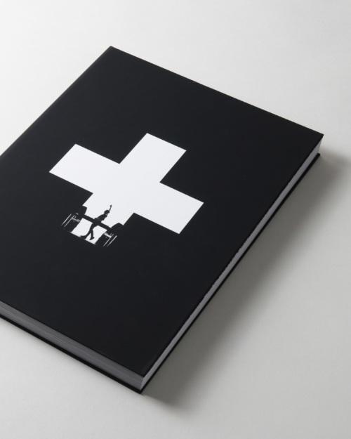 01mendo-book-life-is-crazy-studio-11_1-500x625-c-default.jpg