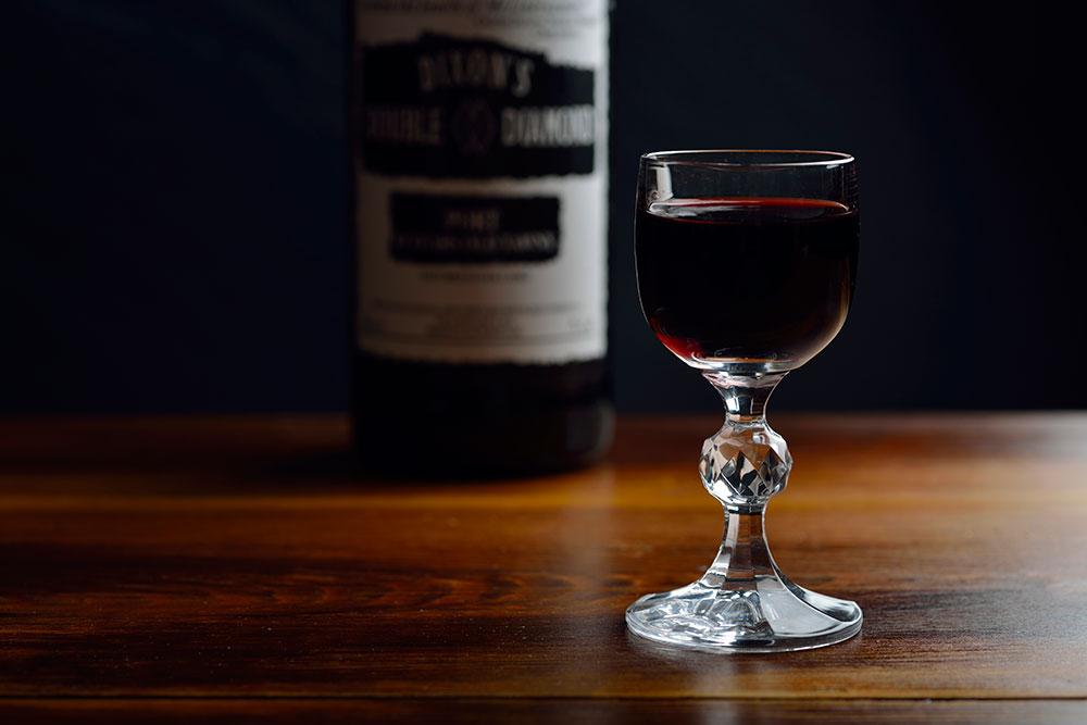 bottle-and-glass-port_web_DSC5902.jpg