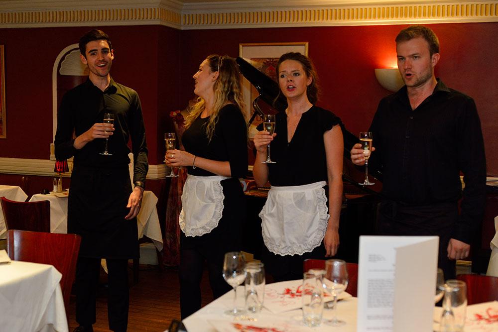 opera-singers-group_web_DSC6041.jpg