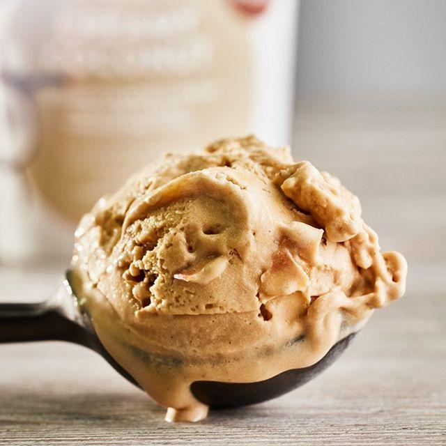 It's always ice cream o'clock somewhere 🤷♀️ #wednesdaywisdom . . . . . . . #LifeJustGotMuchBetter #exceptionalicecream #yesitsvegan #poweredbyplants #eatmoreplants #plantbased #plantpower #vegannutrition #crueltyfree  #ukvegans #vegansofldn #dubaivegan #dairyfree  #veganicecream #naturalicecream #refinedsugarfree #coconutsugar #organicfood #naturalfood #coconutpower #lovecornwall #foodlover #foodiesofinstagram #youarewhatyoueat #mummybloggeruk #londonparents #femalefounders #indiebrand