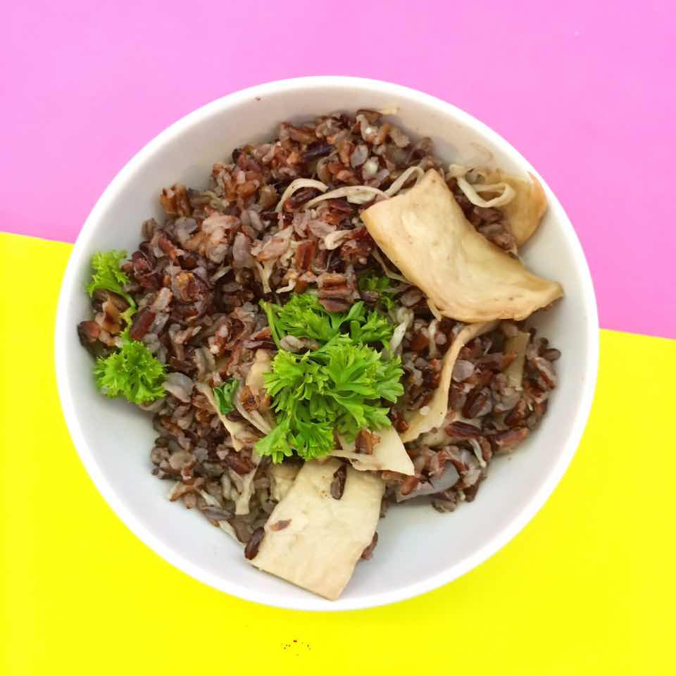 (dairy free, nut free, soy free)     shiitake mushroom, eringi mushroom, enoki mushroom, wild rice, mushroom stock, onion, garlic, olive oil, parsley, salt & pepper